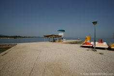 Wunderschöner Strand in Zadar, an welchem man auch Tretboote mieten kann...
