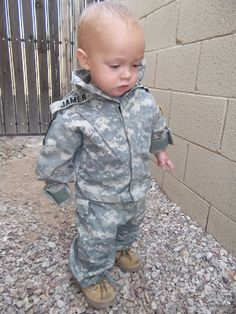 Shop US Army Baby Clothes for your baby boy and baby girl at Army Surplus World. Find the cutest designs including Army onesies, Army baby bibs, Army burp clothes, army baby blankets, army baby t-shirts and more!