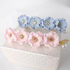 夜桜のバレッタ blue パール&リーフチャームつき