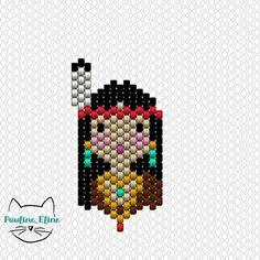 Je suis très contente, vous avez aimé la petite indienne ! Je ne sais pas toujours ce qui va plaire ou pas. Je l'ai faite comme ça, sans conviction, en me disant qu'elle était trop simple, trop petite.... Mais finalement, je me suis trompée et tant mieux!  #jenfiledesperlesetjassume #miyuki #perleaddict #diagrammeperles #beadwork #beadpattern #motifpauline_eline #brickstitch