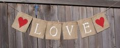 Step by Step Instructions Make your own rustic burlap sack banners Valentine Crafts, Holiday Crafts, Fun Crafts, Valentines, Burlap Bunting, Burlap Banners, Fabric Banners, Burlap Curtains, Burlap Invitations