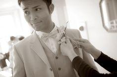 新郎も緊張気味?準備はOK?  ウェディングフォト ブライダルフォト Paseo Bridal http://www.onuki.tv/bridal