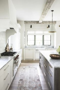Dream Home - Fresh French Provincial by Kate Marker Interiors Kitchen Dining Living, Home Decor Kitchen, Kitchen Ideas, Kitchen Inspiration, Kitchen Tips, George's Kitchen, Kitchen Cabinets, Basic Kitchen, Kitchen Trends