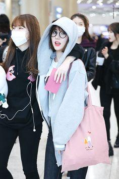 Imagem embutida Kpop Girl Groups, Korean Girl Groups, Kpop Girls, Bubblegum Pop, Kim Ye Won, Jung Eun Bi, G Friend, Korean Singer, South Korean Girls