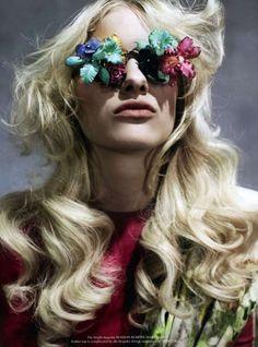 The Hannah Holman Grey Magazine Editorial Rocks All-Floral Ensembles trendhunter.com