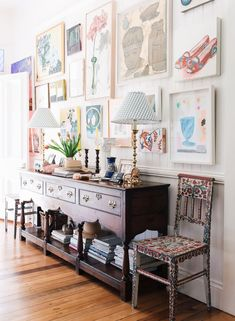 Exploring the Work of Interior Designer Anna Spiro – Blue and White Home Anna Spiro, Australian Interior Design, White Houses, White Walls, Ikea, Sweet Home, Wall Decor, Wall Art, Framed Art