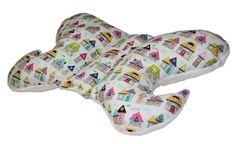 Poduszka antywstrząsowa - Motylek jest niezastąpiona podczas podróży dziecka w wózku, czy w foteliku samochodowym. Delikatnie podtrzymuje główkę dziecka i niweluje wstrząsy, zapewniając spokojny... Backrest Pillow, Pillows, Bed, Etsy, Stream Bed, Cushions, Beds, Pillow Forms, Cushion