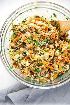 A quick quinoa power salad that that uses leftover quinoa, is vegan, and drizzled with a honey-lemon dressing. Moroccan chickpea salad is filling