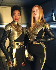 Captain Burnham and Captain Killy looking badass. This is a repost from Thereals. - Captain Burnham and Captain Killy looking badass. This is a repost from Therealsonequa. Star Trek Cosplay, Star Trek Costumes, Star Trek Enterprise, Star Trek Voyager, Star Trek Starships, Sean Connery, Star Trek Crew, Sonequa Martin Green, Badass