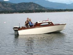 Boat Plans 308074430729661445 - Cruisette by im Dyck, Chilliwack, BC, Canada – Source by sirrupert Classic Boats For Sale, Classic Wooden Boats, Cabin Cruisers For Sale, Chris Craft Wooden Boats, Duck Boat Blind, Cruiser Boat, Model Boat Plans, Plywood Boat Plans, Wooden Boat Building