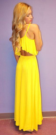 I love yellow!!! Perfect beach dress.