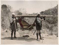 1890's PHOTO JAPAN - TRAVELLING CHAIR KAGO