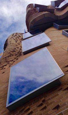Masonry Wall, Frank Gehry, School Building, Business School, Sun Lounger, Sydney, Waiting, University, Technology