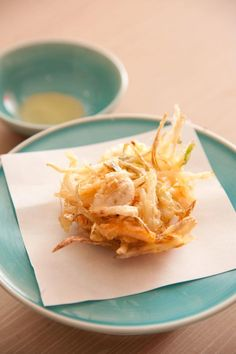 Japanese Onion Tempura Japanese Dishes, Japanese Food, Japanese Desserts, Indian Food Recipes, Asian Recipes, Sushi Recipes, Dessert Chef, Deep Fryer Recipes, Tempura Recipe