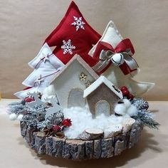 Ideas crochet christmas decorations disney - Happy Christmas - Noel 2020 ideas-Happy New Year-Christmas Felt Christmas, Simple Christmas, Christmas Home, Christmas Wreaths, Christmas Ornaments, Elegant Christmas, Pinterest Christmas Crafts, Xmas Crafts, Christmas Projects