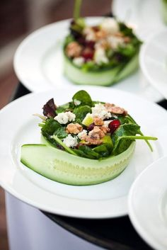 Wedding Food 40 Smart and Creative Food Presentation Ideas - Here's taking a look at few innovative, smart and creative food plating ideas. These are real steals! Simplicity is the key. That's the best pointer to succeed in plating ideas. Gourmet Recipes, Cooking Recipes, Healthy Recipes, Gourmet Foods, Gourmet Desserts, Gourmet Food Plating, Health Desserts, Healthy Salads, Cooking Tips