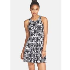 Black and White Printed Dress from Nordstrom Fabric has a slight stretch.  Features an invisible zipper in back.  Measurements available upon request.     👍🏻👍🏻 Bundle and SAVE! 👍🏻👍🏻 🛍 10% off 2 or more items 🛍 🙅🏻🙅🏻 NO TRADES 🙅🏻🙅🏻 🚫🚫NO MODELING🚫🚫 Everly Dresses