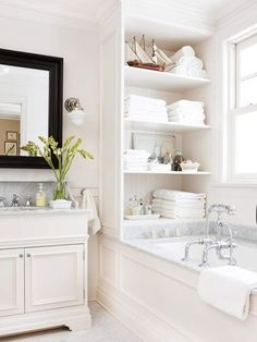 Gorgeous shelving in bathroom