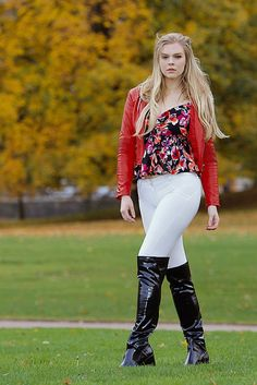 Juni ... in the park   editorial fashion shoot for STREETFAS…   Flickr Equestrian Girls, Equestrian Outfits, Fashion Shoot, Editorial Fashion, Thigh High Boots Heels, High Heels, Sexy Boots, Gorgeous Women, Sexy Women