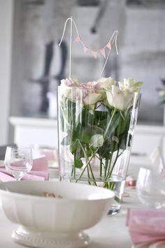 Mrs Hardy  Yes! Glass Vase, Table Decorations, Decorating, Party, Home Decor, Decoration, Homemade Home Decor, Dekorasyon, Deko