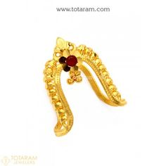Modern jewelry of India - Are you searching for the best indian bridal jewelry, indian gold jewelry, and indian jewelry stores in atlanta,. Click VISIT link for more details Indian Wedding Rings, Indian Engagement Ring, Wedding Rings Online, Engagement Rings, Indian Bridal, Indian Gold Jewellery Design, Gold Temple Jewellery, Jewelry Design, Coral Jewelry