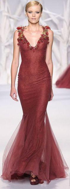 (Abed Mahfouz Haute Couture, Fall/Winter 2013/2014)       (via TumbleOn)