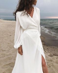Solid High Slit Maxi Dress - Women's style: Patterns of sustainability Maxi Dress With Slit, Dress Up, White Dress, Dresses With Slits, Elegant Maxi Dress, White Maxi, Formal Dresses, Mode Boho, Prom Dresses