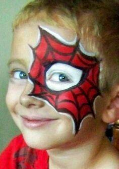 Crea divertidos maquillajes para fiestas infantiles sin necesidad de usar productos especializados. Basta un lápiz labial, un delineador d...