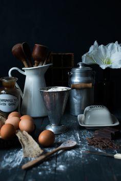Still life essraum, baking, moody set