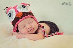 Newborn Owl Hat - via @Craftsy