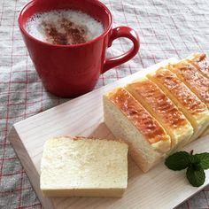 お家で作る人続出!「アトリエタタン」のチーズケーキが大人気 - macaroni Sweets Recipes, Cooking Recipes, Lemon Pudding Cake, Cafe Food, Low Carb Desserts, Hot Dog Buns, Cheesecake, Food And Drink, Meals