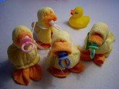 Washcloth ducks. Baby Quackers... by Mollbelldesigns.etsy.com  My original creation.