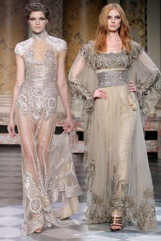 Fashion Desinger Couture Runway Zuhair Murad Wedding Dresses 2012 love the dress on the right Dior Couture, Couture Dresses, Couture Fashion, Runway Fashion, Couture Style, Zuhair Murad, Beauty And Fashion, Love Fashion, Fashion Design