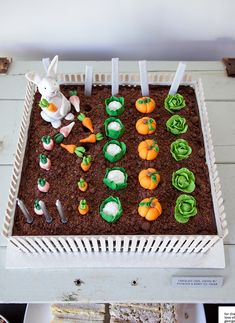These 18 Adorable Peter Rabbit Party Ideas will have you planning the most memorable party. Get ideas for Peter Rabbit cakes, decorations, favors, and more. Peter Rabbit Party, Peter Rabbit Cake, Peter Rabbit Birthday, Vegetable Garden Cake, Vegetable Gardening, Organic Gardening, Allotment Cake, Chocolate Soil, Educational Crafts