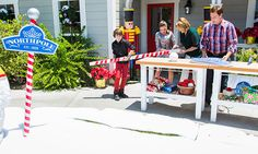 "Home & Family - Tips & Products - Mark's DIY ""Northpole"" Sign 