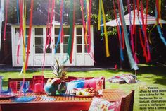 Outdoor Birthday Party Under a Tree. My girls would love this for their birthday. Summer Birthday, Baby Birthday, 1st Birthday Parties, Kid Parties, Birthday Ideas, Superman Party, Superman Birthday, Rasta Party, Porches