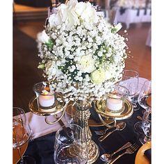 #weddingideas #weddingcentrepieces #babybreath #centrepiece Centre Pieces, Wedding Centerpieces, Weddingideas, Table Decorations, Flowers, Home Decor, Centerpieces, Decoration Home, Room Decor