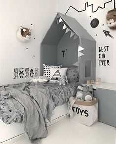 kids room decor ideas and home decor Baby Bedroom, Home Decor Bedroom, Kids Bedroom, Bedroom Ideas, Kids Rooms, Bedroom Black, Bedroom Wall, Bedroom Bunting, Room Kids