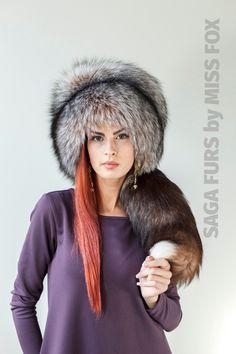 Saga silver fox in amber full fur hat with tail.Royal saga furs quality | eBay
