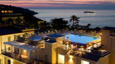 Grand Hotel La Favorita in Sorrento   Splendia - http://pinterest.com/splendia/