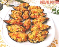 Squid Recipes, Tilapia Recipes, My Favorite Food, Favorite Recipes, Crawfish Recipes, Latin American Food, Spanish Tapas, Snacks, Savoury Dishes