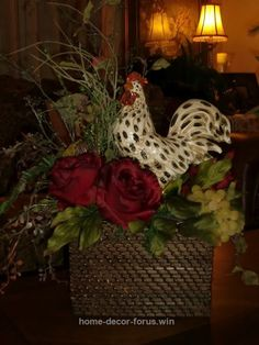 Fantastic Creative Home Decorating! The post Creative Home Decorating!… appeared first on Home Decor For US . Rooster Kitchen Decor, Rooster Decor, Tuscan Design, Tuscan Style, Tuscan Decorating, French Country Decorating, Decorating Ideas, Decor Ideas, Tuscany Decor