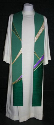 Maison Bouvrier - Recognized the world over for making the finest vestments available. - Stole Modern Sweeps Grn