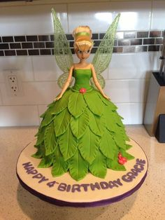 Tinkerbell Cake- I like! Think Lauren has the mold! Tinkerbell Birthday Cakes, Tinkerbell Party, Fairy Birthday, Birthday Cake Girls, Tinkerbell Doll, Birthday Ideas, 4th Birthday, Barbie Torte, Barbie Cake