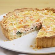 This zesty smoked salmon & spring onion tart, with dill, watercress & cream, sure packs a flavoursome punch. See more salmon recipes at Tesco Real Food. Tart Recipes, Salmon Recipes, Baby Food Recipes, Food Baby, Seafood Dishes, Seafood Recipes, Turnover Recipes, Onion Tart, Tacos