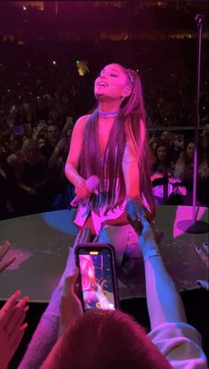 Ariana Grande 2018, Ariana Grande Concert, Ariana Tour, Ariana Grande Pictures, Light Of My Life, Love And Light, Concert Looks, Under The Moon, Picture Credit