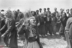 kleidersachen — incrdblyclose: Kurdish Sufis by Kaveh Golestan,. Kurdistan, Sufi, Photojournalism, One Pic, Mystic, Documentaries, Folk, Black And White, History
