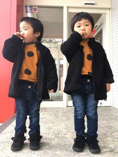 最近寒くなってきたね☃️❄️ パンツ履くのに双子は、 裏起毛やないと履きません これ冷た〜い