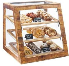 A display case presents the inner-self of the creator. With a look at the display case, you can know the person inside. There are DIY display case ideas. Bakery Display Case, Pastry Display, Display Cases, Frame Display, Bread Display, Bakery Design, Restaurant Design, Modern Restaurant, Candy Buffet