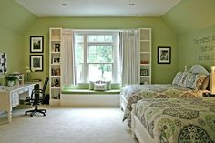 Girls Bedroom window seat & bookshelf
